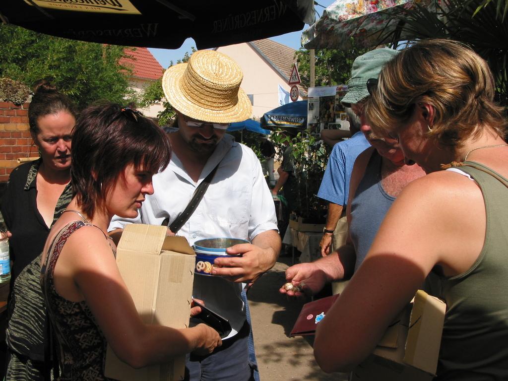 Bambusfest: aufdringliche Losverkäufer ...