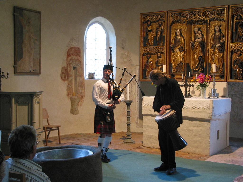 Bambusfest: Konzert in der Kirche, Dudelsack und Trommeln mit Ronny Heide u.a.
