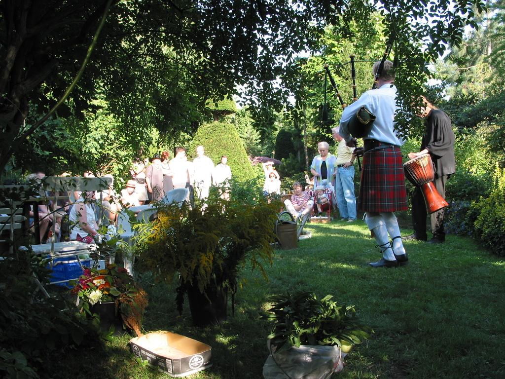 Bambusfest: Konzert im Garten, Dudelsack und Trommeln mit Ronny Heide u.a.