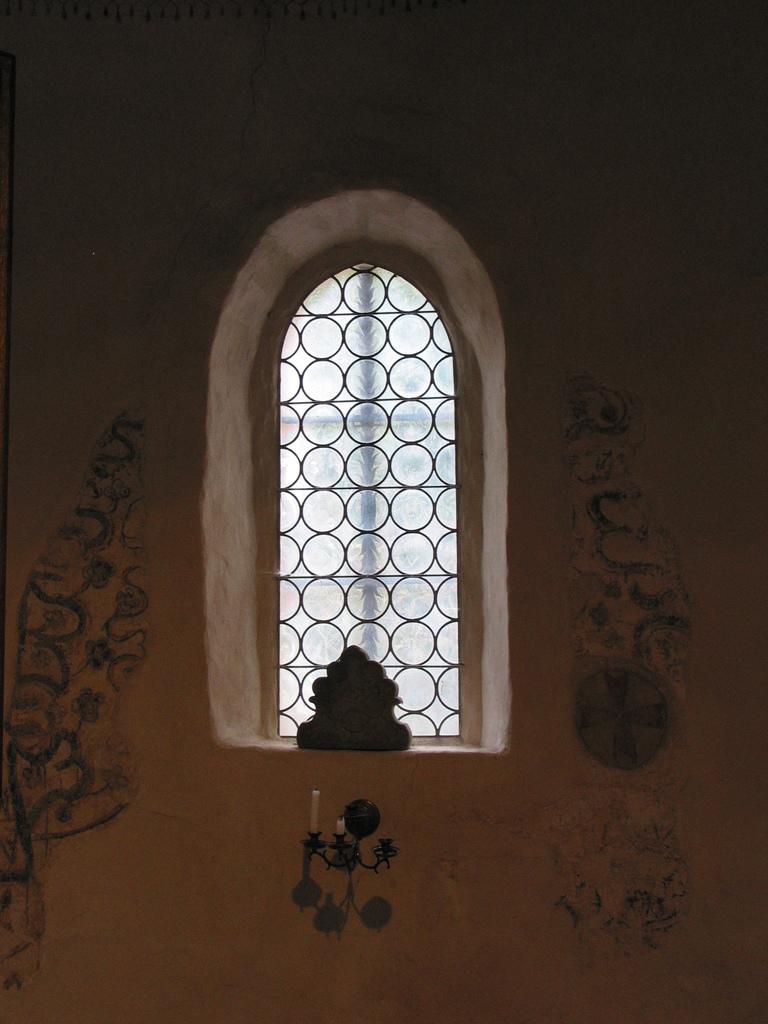 Fenster mit Malereien