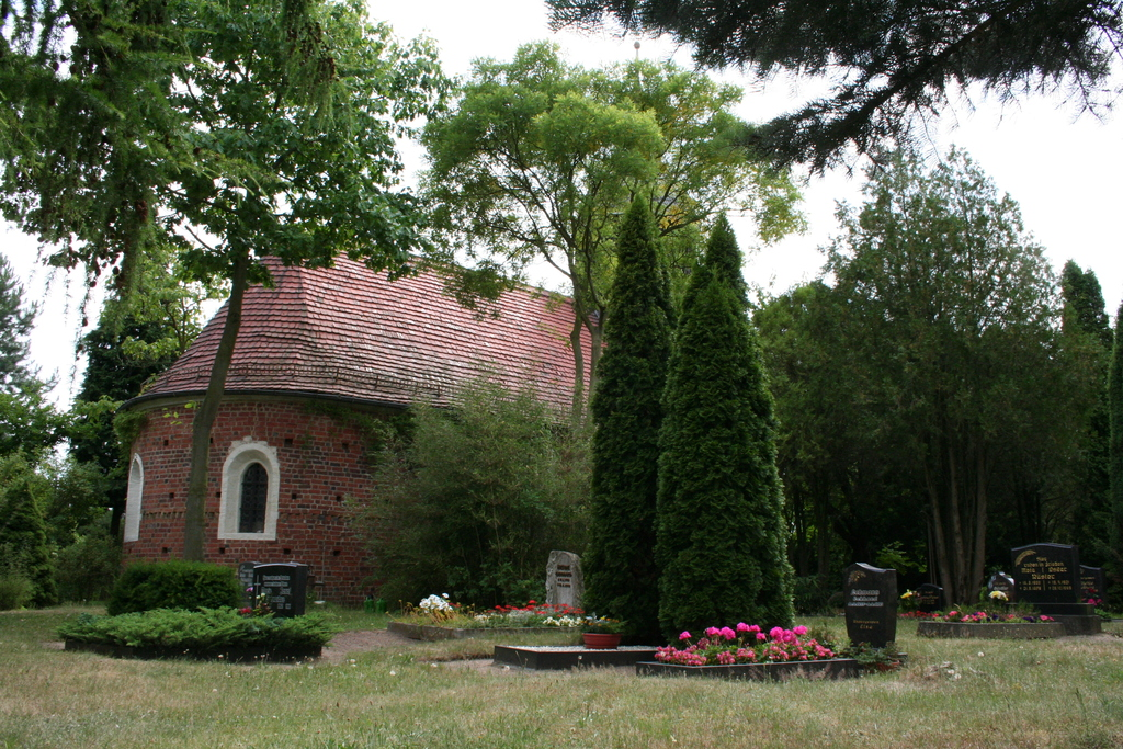 Juli 2014: Am Friedhof