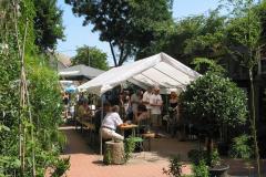 Bambusfest: Gastronomie im Hof