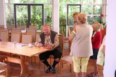 Bambusfest: Nirgendwo ist Hans-Peter Bethke vor den Fragen der Besucher sicher.
